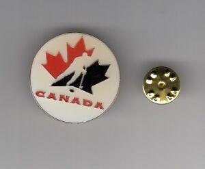 TEAM-CANADA-Hockey-Logo-ENAMEL-ROUND-1990s-METAL-HAT-LAPEL-PIN-Men-039-s-Women-039-s