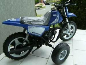 Minibike-Training-wheels-for-Yamaha-peewee-50-PY50-PW50