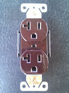 30 pc Decorator Duplex Receptacles 20 Amp Brown Self Grounding 20A Outlets
