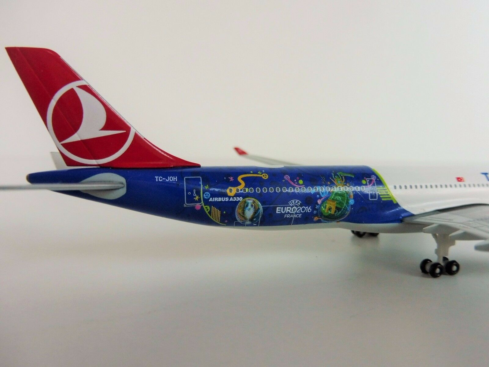 Turco Airlines UEFA Em Airbus A330-300 1 500 Herpa 529556 France