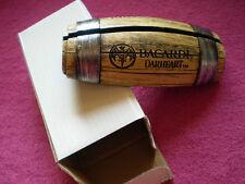 Getränke - Kartenhalter von BACARDI OAKHEART mit BAT-LOGO FASS-Motiv  / NEU