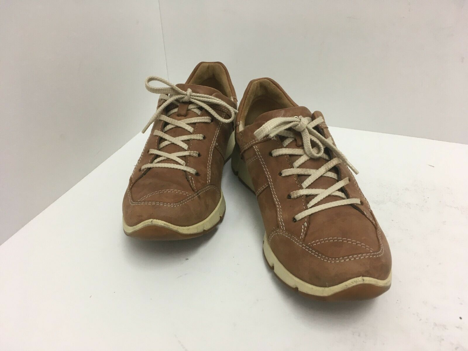 ECCO  WOMENS  WALKING  SHOES  LACE UP CASUAL  COMFORT  SIZE 36 US GUC
