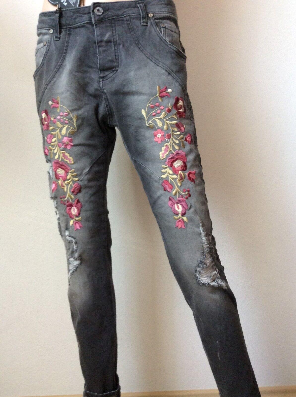 PLEASE Boyfriend Jeans P1D  Gr. M