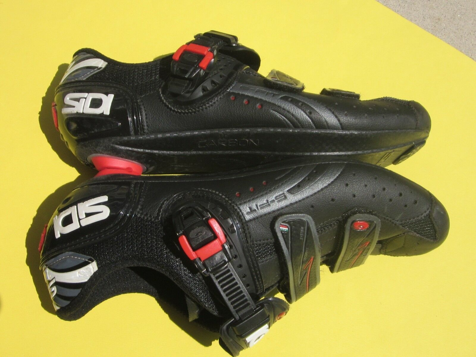 Sidi Genius 5 Fit Carbon mens 43.5 Euro   US-9.5 3-Bolt Road Schuhe Lorica schwarz