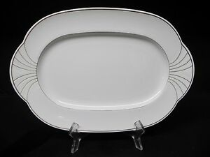 villeroy boch bone china arco gold 15 1 4 oval serving platter ebay. Black Bedroom Furniture Sets. Home Design Ideas