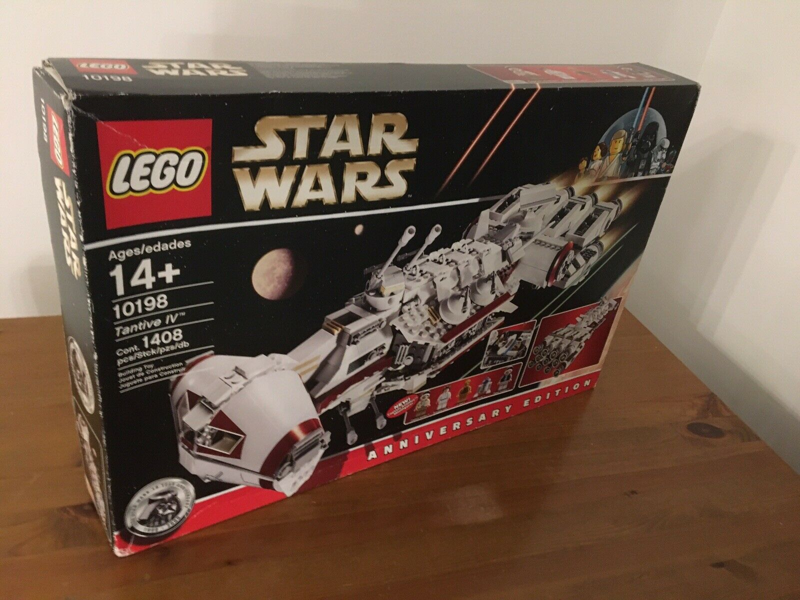 Star Wars Lego 10198  Tantive IV 100% Complete & Boxed
