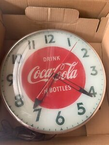 vintage-coca-cola-lighted-clock