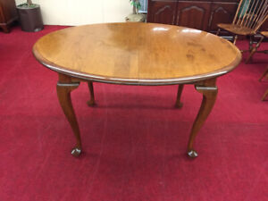 Details About E R Buck Maple Dining Table Two Leaves Delivery Available
