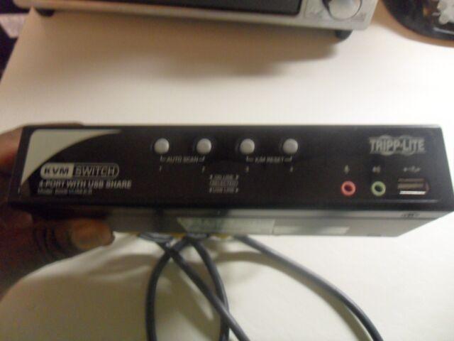 Tripp Lite B006-VUA4-K-R 4-Ports KVM Switch w/USB Share