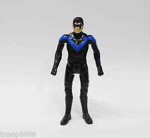 DC-Collectibles-Multiverse-Nightwing-action-figure-3-75-034