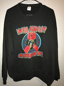 Vintage-Rare-90-S-1996-WORLD-AIDS-DAY-ONE-WORLD-One-Hope-50-50-Crewneck-Sweatshirt-L