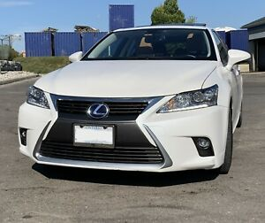 2016 Lexus CT 200h Premium Package with Navigation and Backup Camera