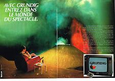 PUBLICITE ADVERTISING   1984   GRUNDIG    téléviseur MONOLITH  ( 2 pages)
