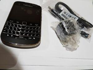 Brand-NEW-BlackBerry-Bold-9900-Unlocked-GSM-2G-3G-Freedom-Videotron-T-Mobile