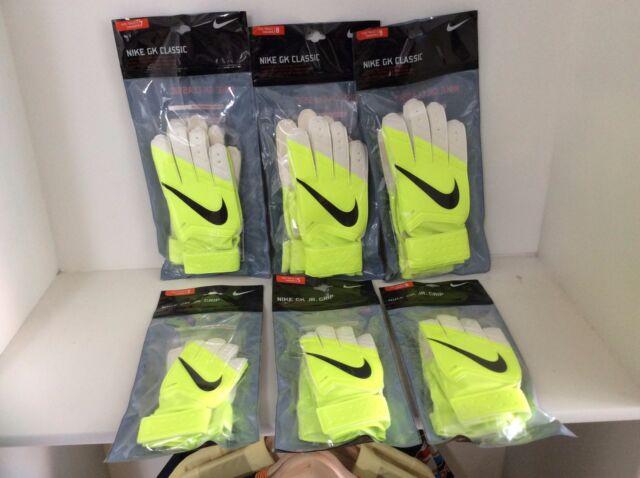 2f1800346 Nike Sz 9 Men's GK Classic Goalkeepers Soccer Gloves Gs0281 710 Volt ...