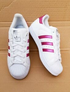 white adidas superstar trainers size 4