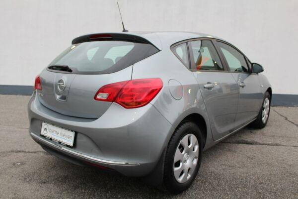 Opel Astra 1,4 100 Limited billede 1