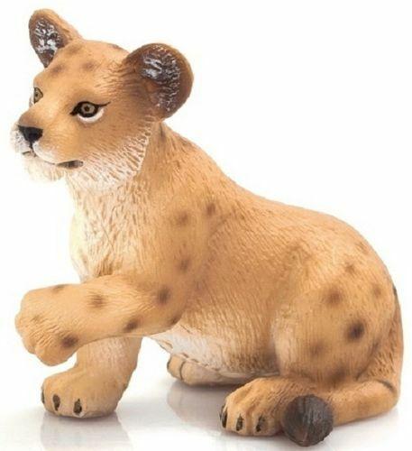 Mojo 387012 animale personaggio Leone BABY seduti Lion Cub sitting NUOVO