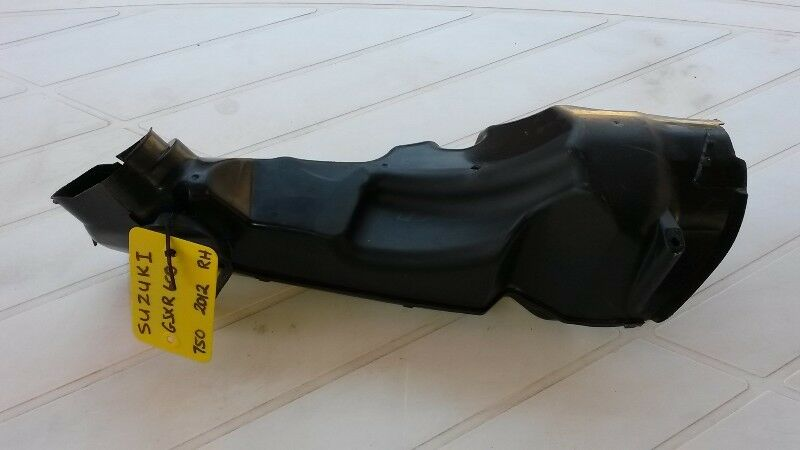 SUZUKI GSXR600/750 R/H AIR DUCT