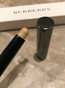 Burberry Shell, Rosewood, Pale Barley Wet & Dry Shadows