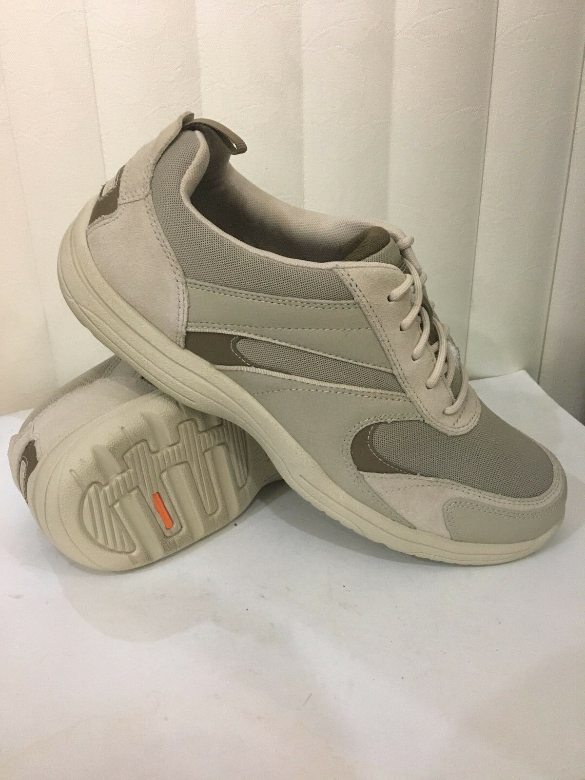 Rockport K73926 Trail Sport Lacets Beige Chaussures Taille 7.5-11 Large