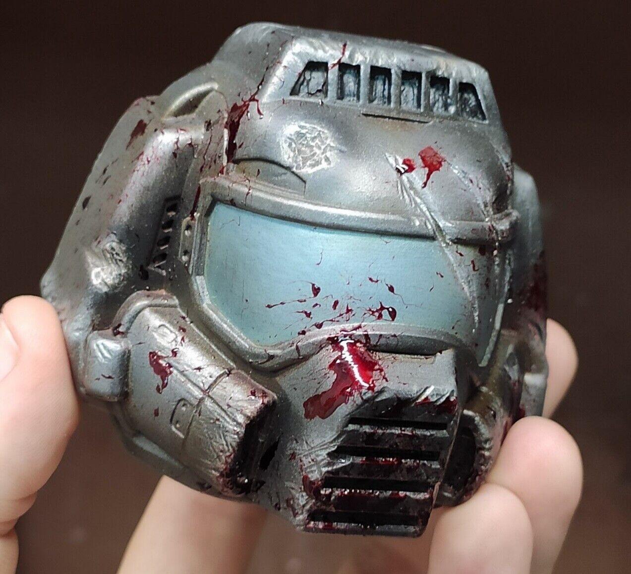 Doom classeic  Doomguy slayer helmet bloody version gioco giocor gift ps4 props