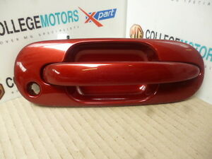 MGZS-GENUINE-NEW-O-S-DRIVERS-SIDE-DOOR-HANDLE-IN-NIGHTFIRE-RED-PAINT-CODE-039-CBT-039