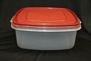 Vintage Rubbermaid Servin Saver 19 Cup #4 Food Storage Container CLEAN Red Lid