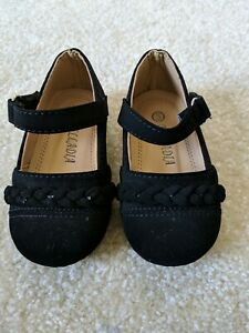Belladia-Size-3-Baby-Girl-Black-Dress-Shoes-Suede-Like-EUC