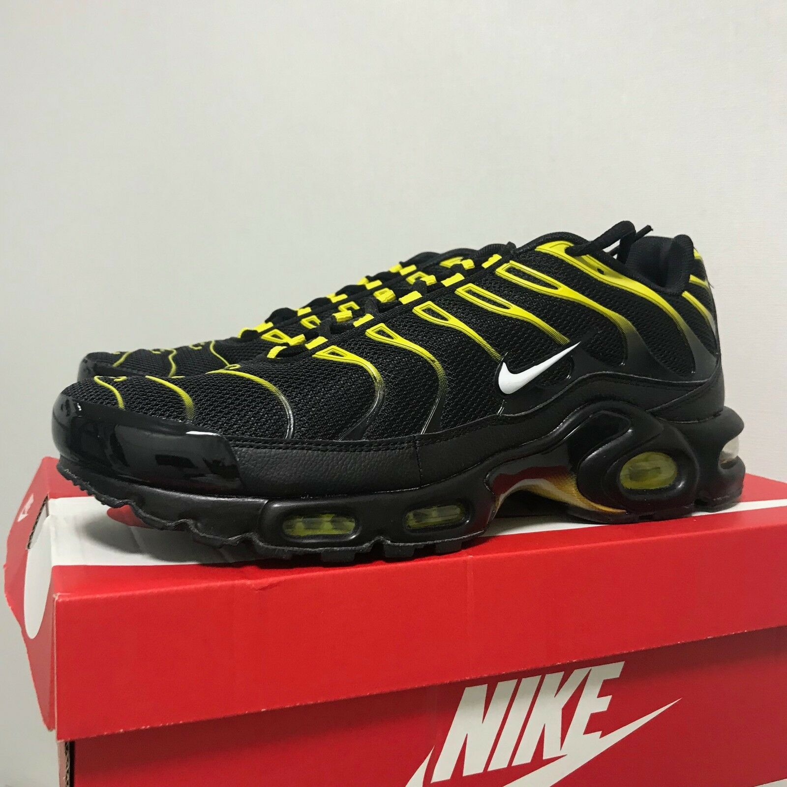 Nike Air Max Plus 1Tn Sneakers shoes Black Yellow 852630-020 Sz5-13 Limited