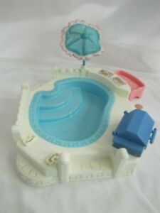 Details about FISHER PRICE Loving Family Dream Dollhouse SWIMMING POOL w/  UMBRELLA BENCH