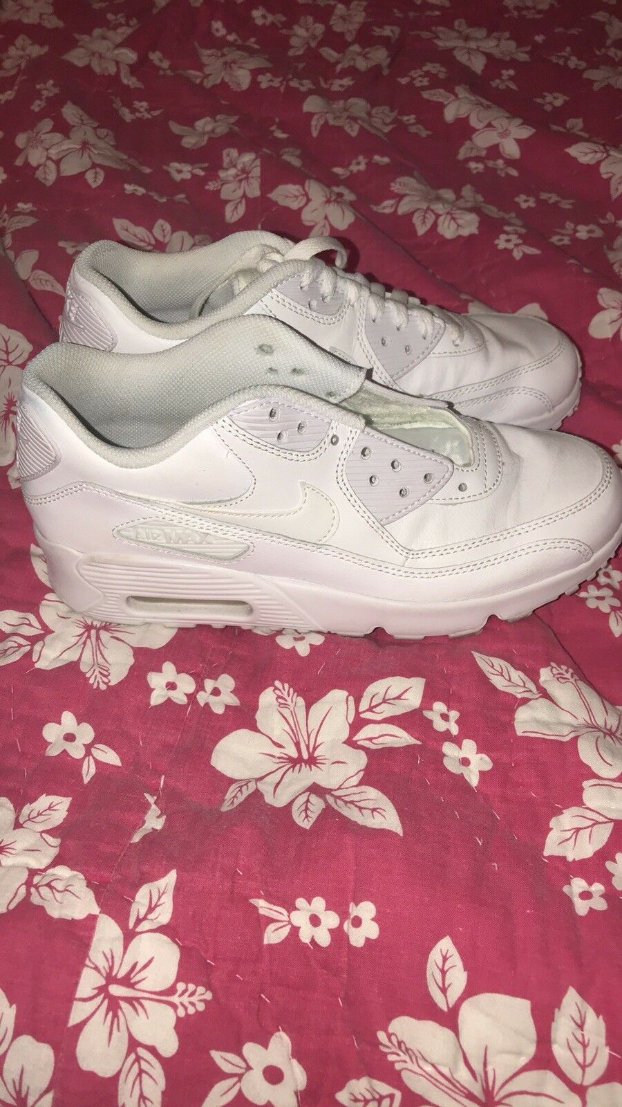 Nike air air air max 6y in perfect condition (solid white) 31c17c