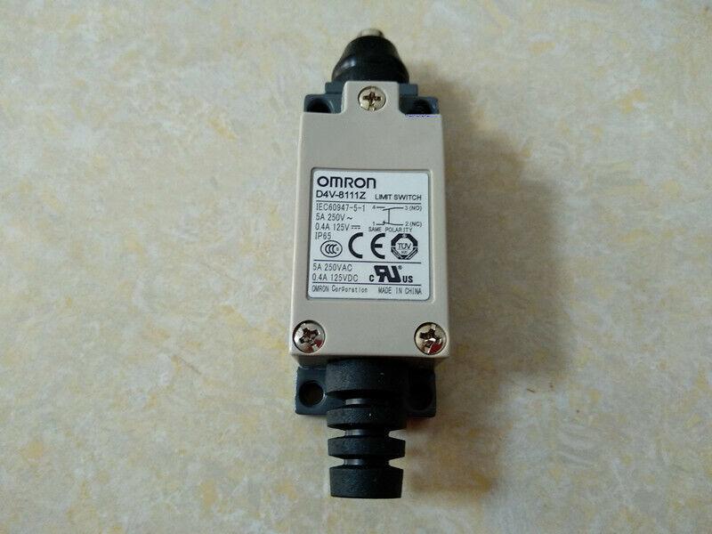 1pcs Used Omron Limit Switch D4V-8111Z
