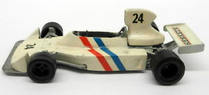 Unbranded-1-43-Scale-White-Metal-17OCT17I-Hesketh-24-Model-F1-Car