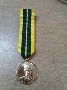 MALAYSIA-Raja-Perlis-1995-Tuanku-Syed-Putra-Gold-Coating-pingat-medal-miniture