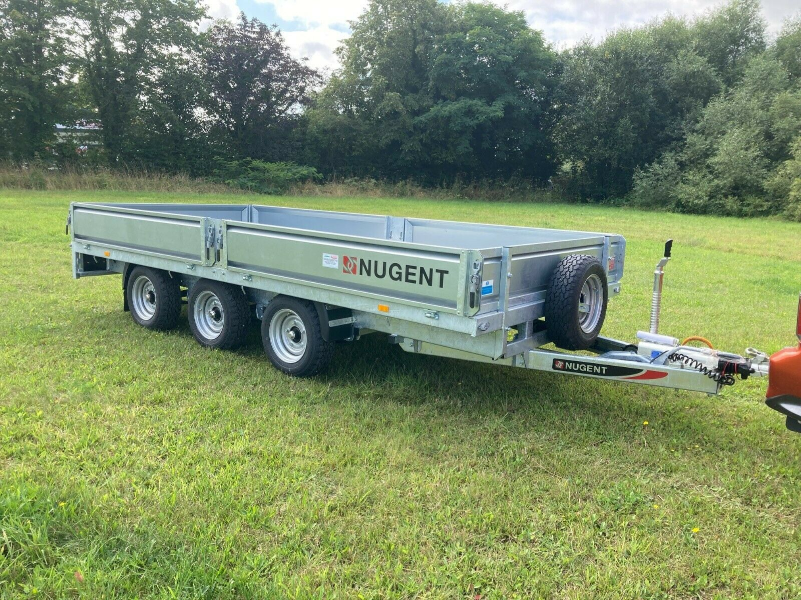 NUGENT F4320T TRI AXLE FLAT BED TRAILER - IN STOCK!!