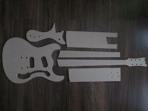 Mosrite-Gitarre-Schablone-templates-Gitarrenbau