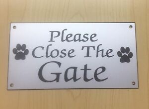 Veuillez fermer la porte signe x2