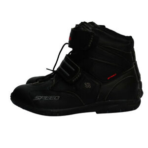 paio-di-scarpe-sportive-da-corsa-per-moto-da-corsa-impermeabili