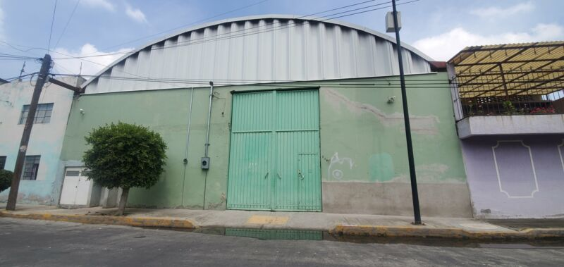 OPORTUNIDAD: Terreno/Bodega en Nezahualcóyotl