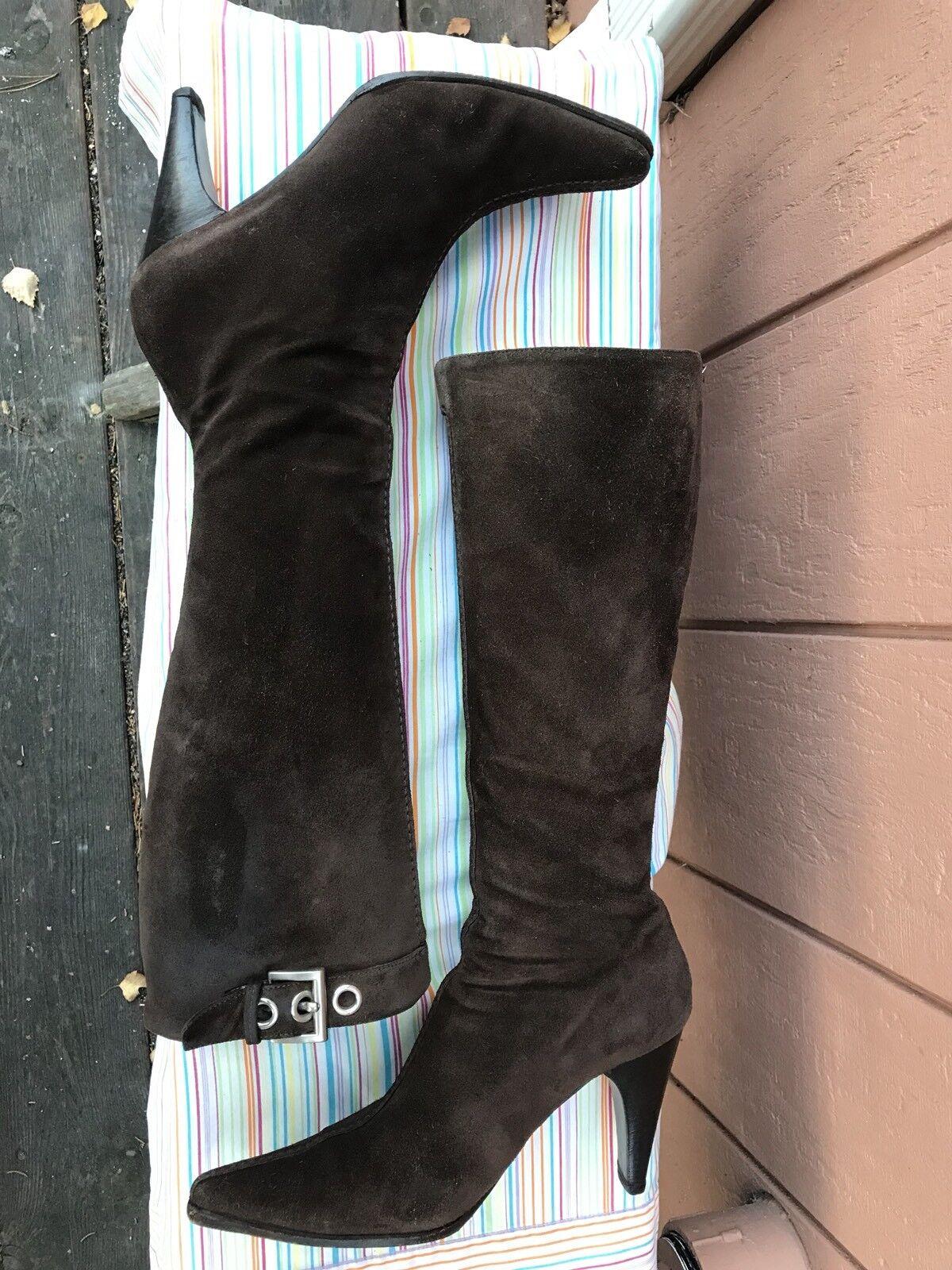 Prada Braun Suede High Pointed Toe Buckle Knee High Suede Stiefel Größe EUR 38.5 US 8 a338e1