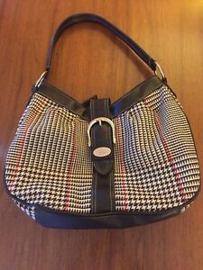 7002f6b9d8 Image is loading Chaps-Ralph-Lauren-Black-White-Red-Checked-Shoulder-