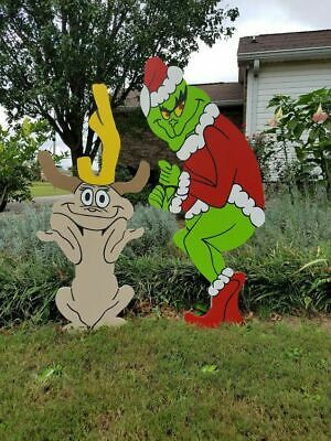 Grinch Stealing Christmas Lights.Grinch Stealing Christmas Lights 4 Wood Grinch Yard W Max Decoration Left