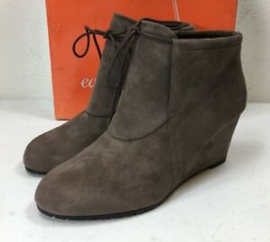 4f822a5e4a6b Easy Spirit Women s Caterina Taupe Wedge Ankle Boots Shoe Size 8.5 W ...