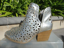 Musse & Cloud ATHENA Silver Leather Split Side Ankle Boot, Wmn's Sz EUR37 US 6M
