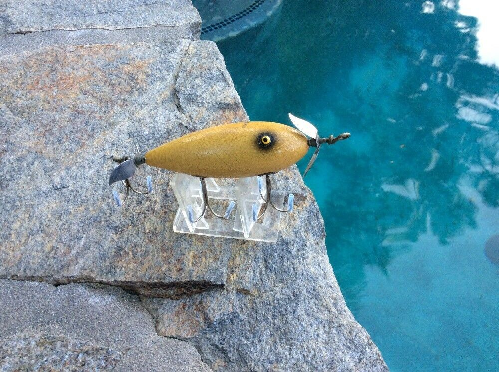 """South Bend """"SURF ORENO"""" Wood  Lure in LUMINOUS  FINISH     clearance up to 70%"""