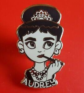 Audrey-Hepburn-Pin-Beautiful-Thiking-Pin-Movie-Retro-Metal-Brooch-Badge-Lapel