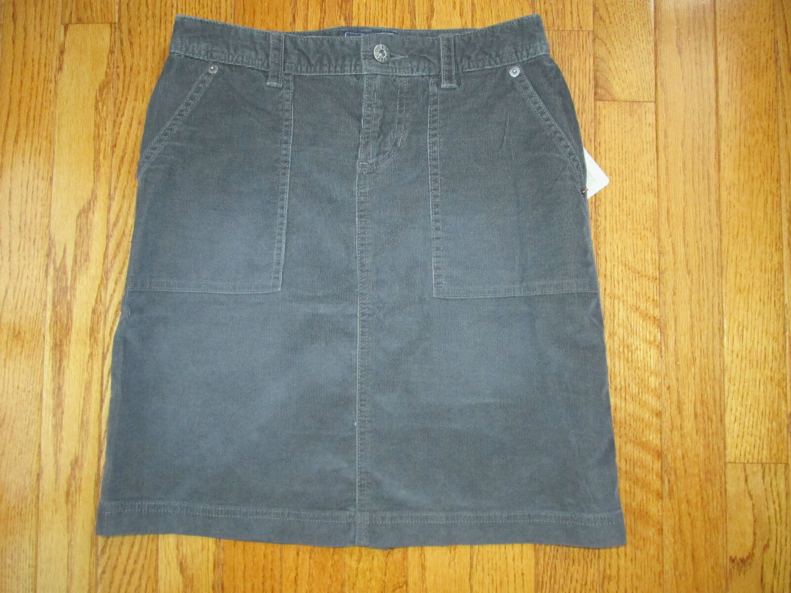 New The North Face Womens Size XS Graphite Grey Nenana Active Cord Skirt