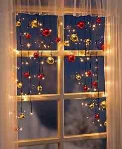 LED-Lichtervorhang-Fensterdekoration-Weihnachtsdeko-Christbaumkugeln-Rot-amp-Gold