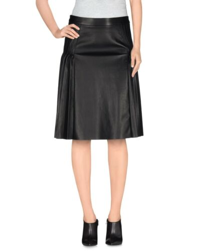 GIVENCHY PLEATED LEATHER BLACK SKIRT IN SIZE 40
